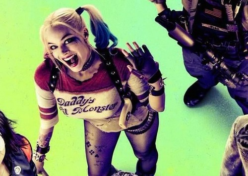 Harley Quinn wallpaper containing a fuciliere and Anime called Harley on a Suicide Squad poster