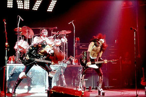 KISS ~Albany, New York…August 9, 1975 (Dressed To Kill tour)