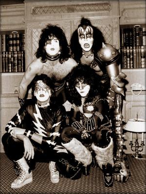 KISS ~London, England…November 23, 1982 (Creatures European promo tour)