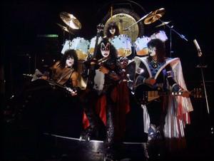 Kiss ~Munchen, Germany…September 1, 1980