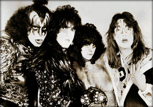 KISS (NYC) August 1980 (Unmasked photo session)