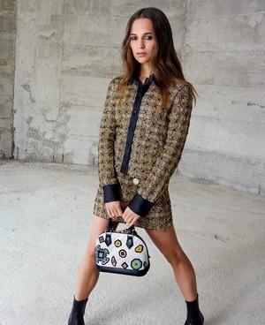 Louis Vuitton (Fall/Winter 2015 campaign)