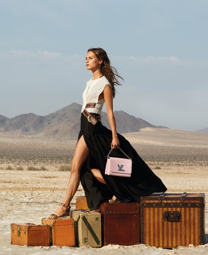 Alicia Vikander wallpaper entitled Louis Vuitton (Spirit of Travel 2015 campaign)
