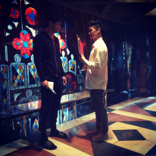 Alec & Magnus 壁紙 probably with a コンサート and a business suit titled Magnus and Alec