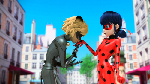 Miraculous Ladybug Hintergrund possibly with a straße and a business suit titled Miraculous Ladybug Hintergrund