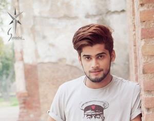 Naveed Malik