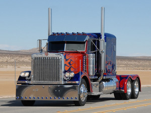 Optimus Prime as a semi truck