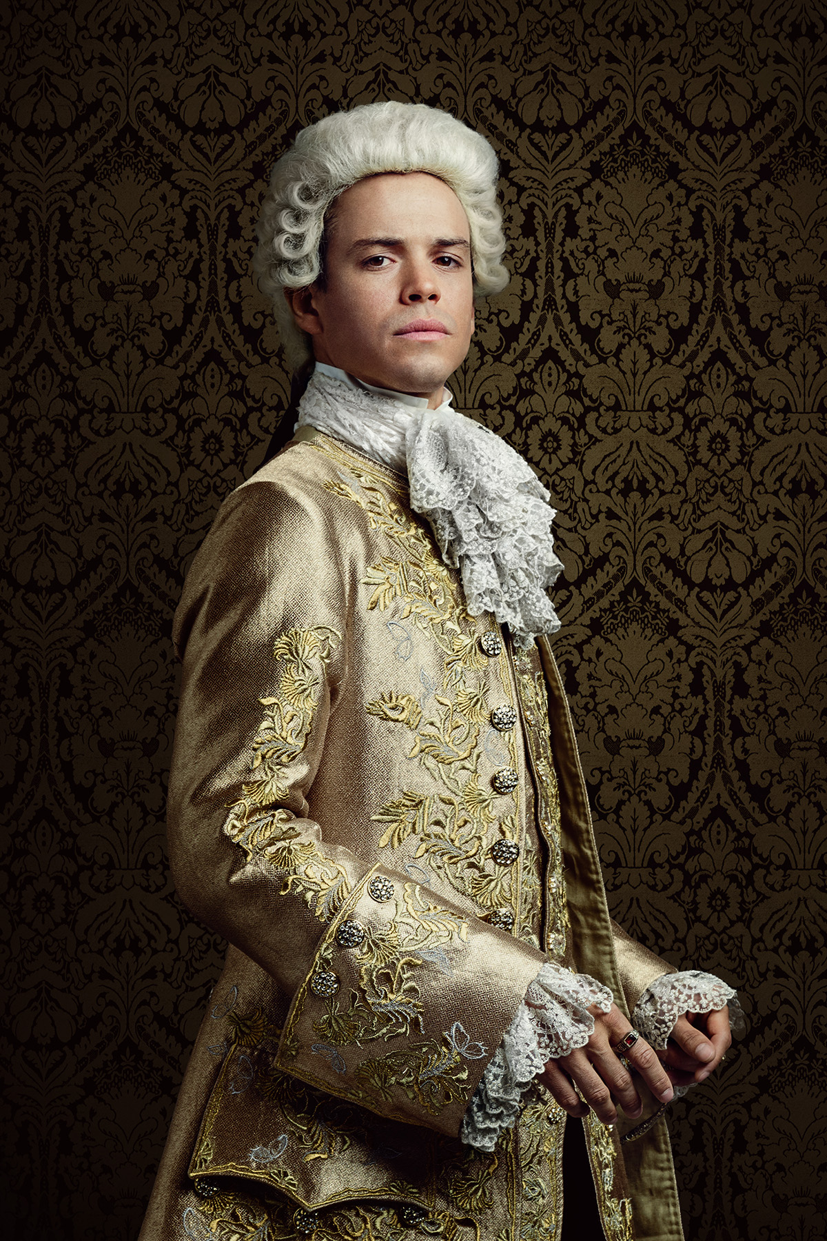 Outlander King Louis XV Season 2 Official Picture