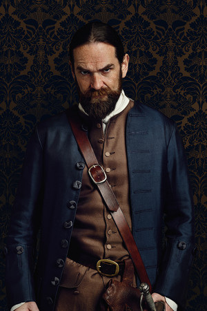 Outlander Murtaugh Fraser Season 2 Official Picture