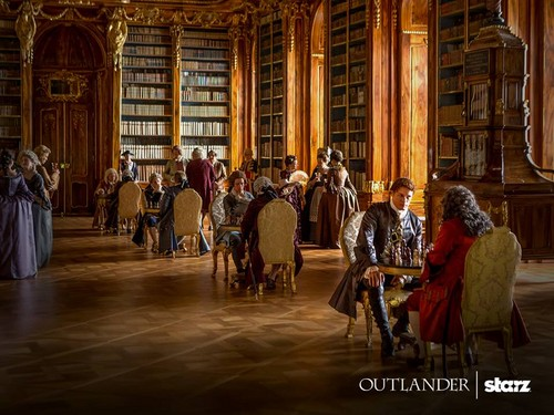 serial tv outlander 2014 wallpaper with a membaca room titled Outlander Season 2 First Look