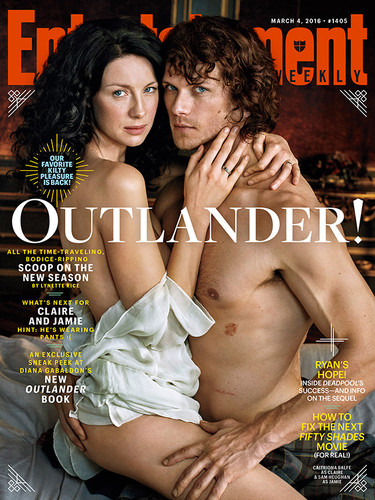 Outlander 2014 TV Series karatasi la kupamba ukuta possibly with skin entitled Outlander on the Entertainment Weekly Cover