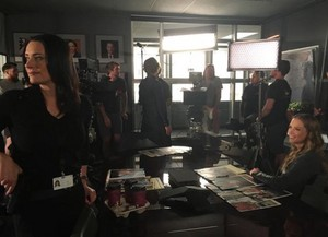 Paget is back!:) Set picture of Episode 11x09 of Criminal Minds