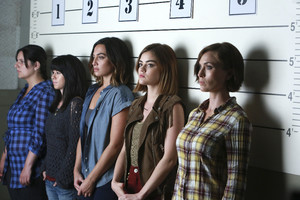 "Pretty Little Liars - ""Burn This"""
