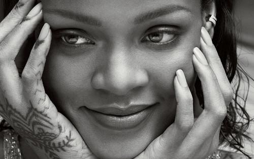 Rihanna wallpaper entitled Rihanna Vogue US 2016