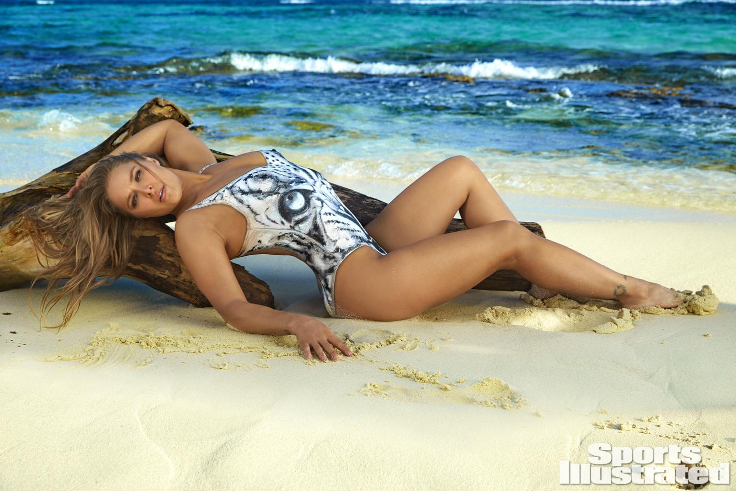 Sports Illustrated Swimsuit Wall Calendar With Free Dvd 2015 At ...