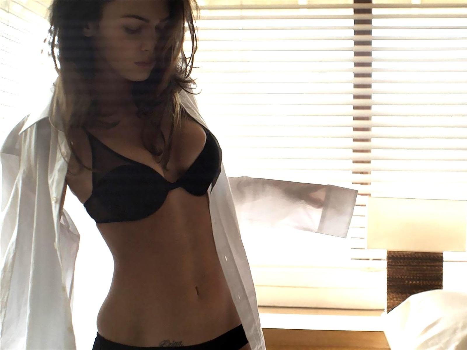 Sexy MegaN megan лиса, фокс 18972076 1600 1200