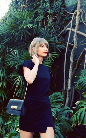 Tay casual style