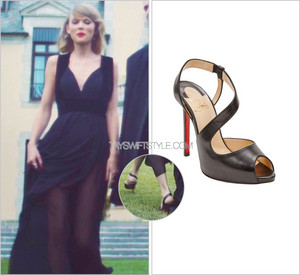 Taylor Blank Space outfits