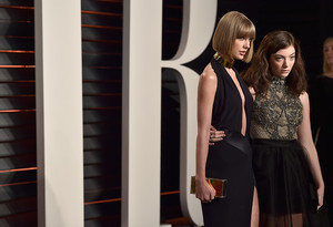 Taylor rápido, swift and Lorde attend the 2016 Vanity Fair Oscar Party