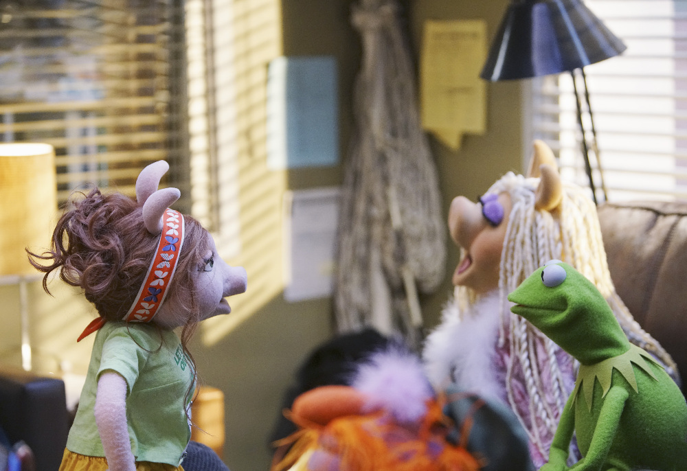 """The Muppets - New Episode """"Swine Song"""""""