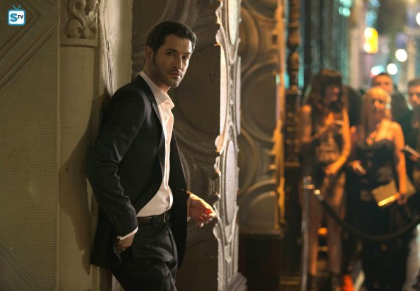 http://images6.fanpop.com/image/photos/39300000/Tom-Ellis-as-Lucifer-anj-and-jezzi-the-aries-twins-39304990-595-412.jpg
