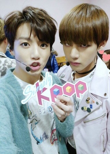 """VKook (BTS) দেওয়ালপত্র called V/Kookie°*""""˜˜""""*°•.ƸӜƷ"""
