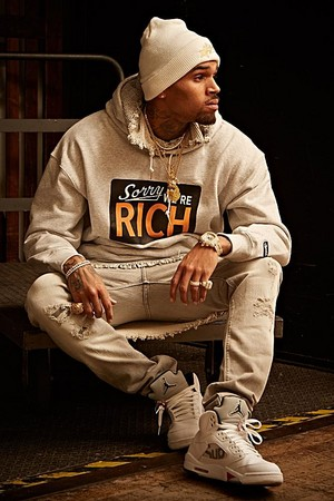 chris brown vibe magazine decjan