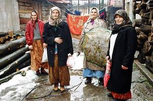 Bosnian Women Reclaim Peace!