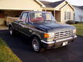 Ford F 150 XLT Lariat V8 EFI Regular Cab. Long Bed.