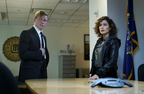 Shades of Blue wallpaper with a business suit and a well dressed person entitled 1x12 - For I Have Sinned - Stahl and Harlee