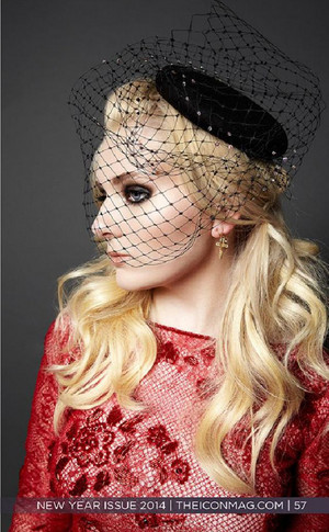 Abigail Breslin - icone Magazine Photoshoot - 2015