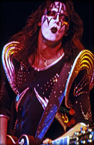 Ace ~London, England…May 15, 1976 (Destroyer tour)