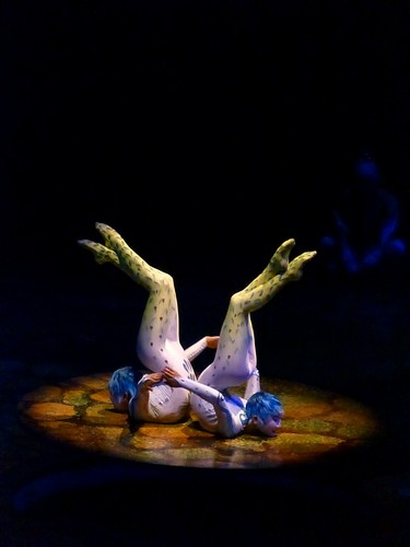 Cirque du Soleil 바탕화면 titled Alegria contortion duet
