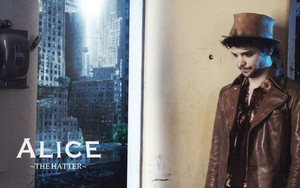 Andrew lee potts Alice پیپر وال