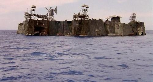 Waterworld fond d'écran called Atoll Image 1
