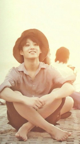 BTS kertas dinding containing skin entitled BTS | Cute Jungkook ♥