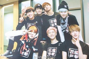 Bangtan Boys group photo ♥