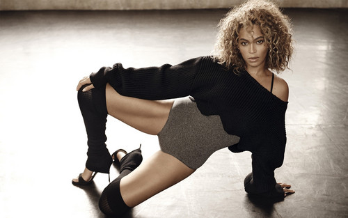 Beyoncé hình nền possibly containing hosiery, bare legs, and a hip boot titled Beyoncé for ELLE