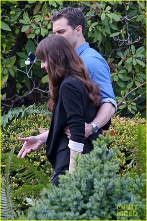 Dakota Johnson and Jamie Dornan Wear Wedding Rings on 'Fifty Shades' Set!