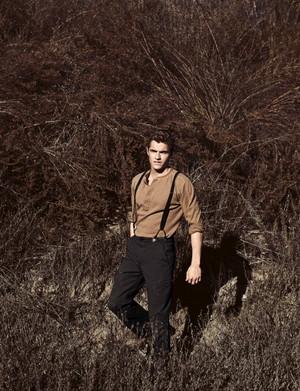 Dave Franco - Flaunt Magazine Photoshoot - February 2011