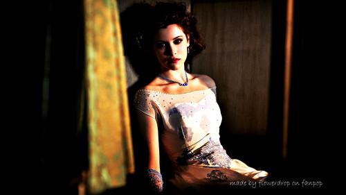 Dracula NBC fondo de pantalla with a cena dress called Dracula fondo de pantalla