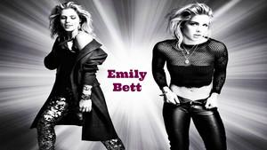 Emily Bett Rickards Hintergrund