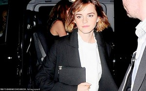 "Emma Watson arriving at ""How To: Academy"" [February 24, 2016]"