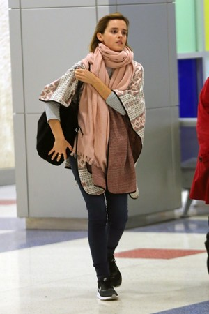 Emma Watson at JFK airport [April 03, 2016]