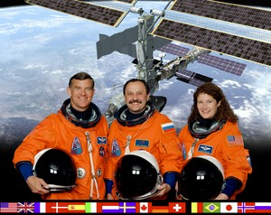 Expedition 2 Mission Crew