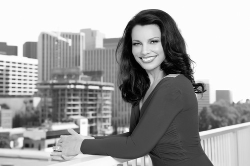 Fran Drescher karatasi la kupamba ukuta probably with bare legs, a hip boot, and a well dressed person entitled Fran Drescher