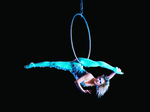 Cirque du Soleil 壁纸 titled Hoop act