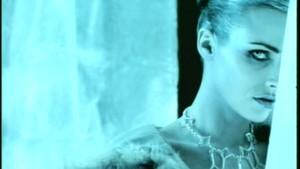 sumali Me In Death {Music Video}