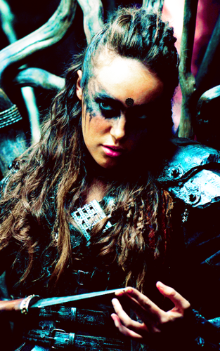 Clarke and Lexa wallpaper entitled Lexa