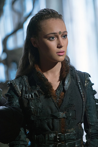 Commander Lexa (The 100) वॉलपेपर entitled Lexa